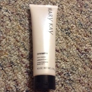 Mary Kay Facial Cleanser💕💕💕